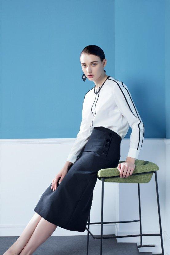 诗菲度女装综合时尚元素迎接新的时尚潮流-今日泉州网
